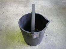 火薬工場向けNG品回収バケツ1